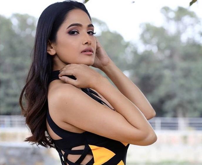 Indira Joshi Photo